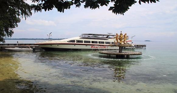 kapal boat ke pulau putri